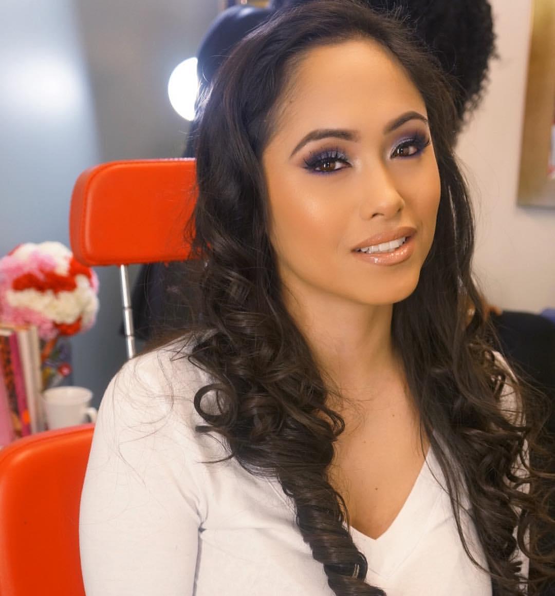 hispanic girl with makeup