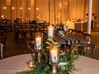 Corporate+Events|CentricsIT+Adapture+Holiday+Party+The+Stave+Room|Gingham+Runners+Lush+Holiday+Foliage+&+Candles+For+These+Holiday+Tables+2.png
