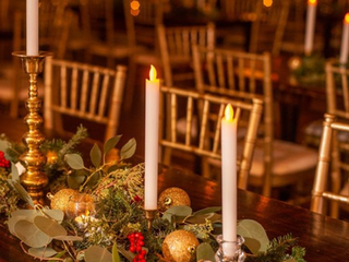 Corporate+Events|CentricsIT|Farm+Tables+With+Garland.png