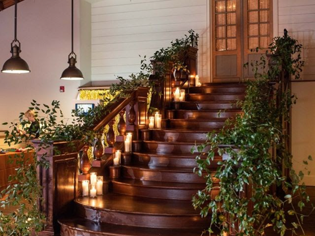 Corporate+Events|CentricsIT|Stairwell+Greenery.png