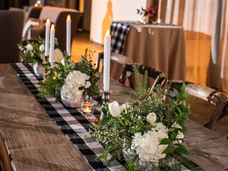 Corporate+Events|CentricsIT+Adapture+Holiday+Party+The+Stave+Room|Gingham+Runners+Lush+Holiday+Foliage+&+Candles+For+These+Holiday+Tables+6.png
