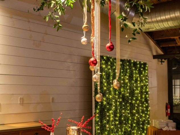 Corporate+Events|CentricsIT|Hanging+Greenery.png