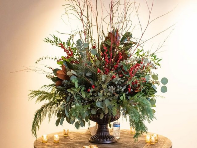 Corporate+Events|Large+Christmas+Floral+Display.png