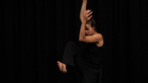 CONTEMPORARY DANCE CLASSES