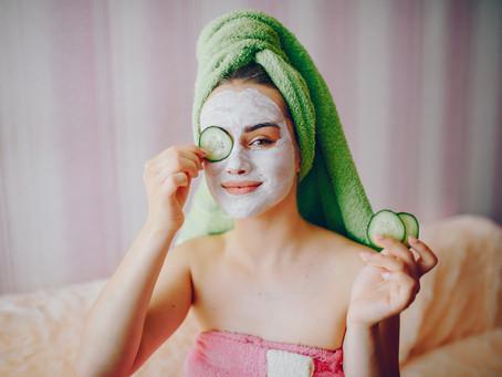 Las frutas son un excelente aliado para el cuidado de tu rostro.
