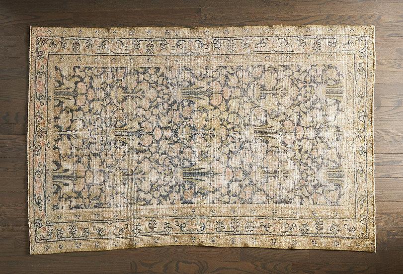The Field Vintage rug