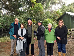 Australian Governor-General, Sir Peter Cosgrove & Lady Cosgrove at Ulva Island with the Ulva Island Charitable Trust members, June 2017