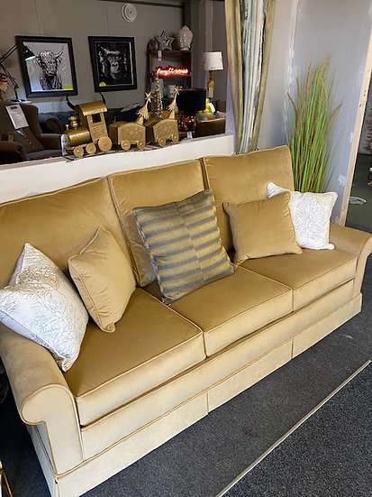 Steed Sofa