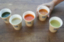 スープと手.jpg