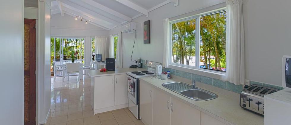 muri-lagoon-view-bungalows_14940017872j