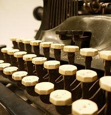 old typewriter oliver