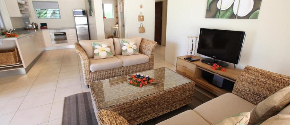 2-bedroom-beachfront-moana-52007jpg