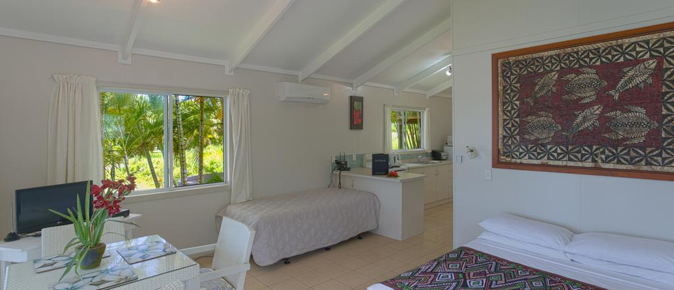 muri-lagoon-view-bungalows_14940017885j