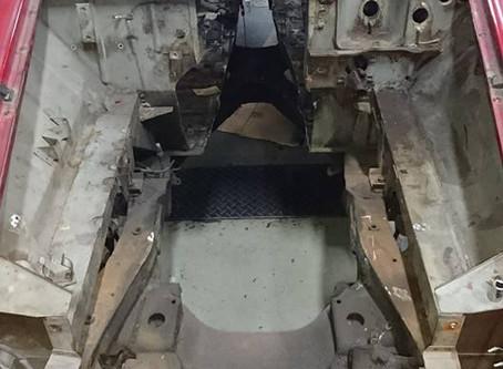 SRL311 ダットサン フェアレディ F20C