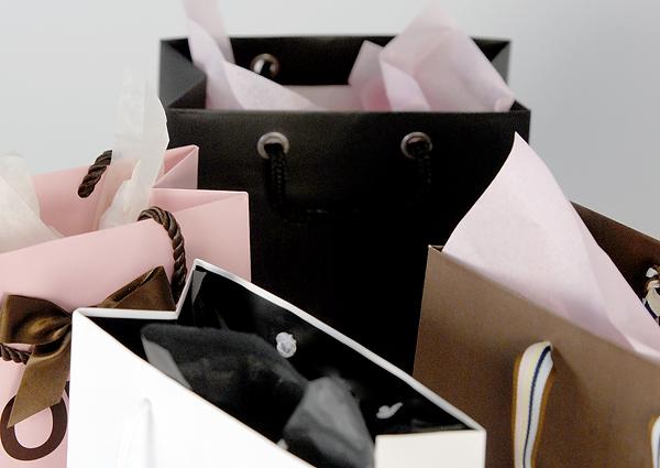 retail-shopping-bags-2.png