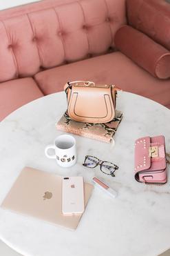 Spring-Blogger-Office-Marble-Pink-Velvet