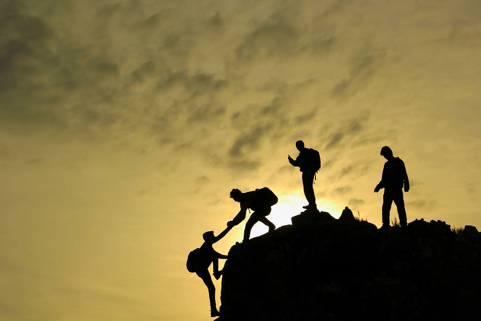 challenging_challenge_climb_cliff_group_