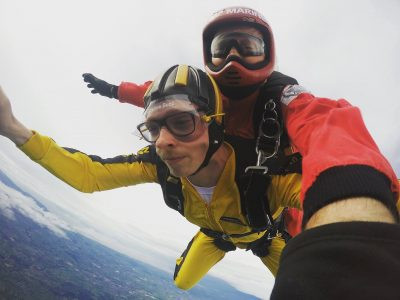 Sky dive for Teddy's Wish