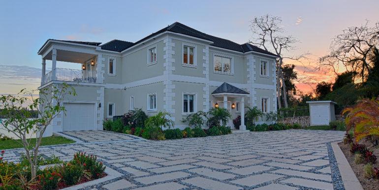 Oakridge Estates Luxury Home Nassau, Bahamas
