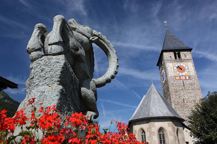 Klosters_Kirche_(C)ChristophSonderegger (2)-web.jpg