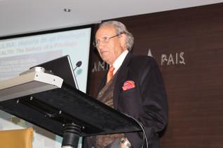 """Conferencia """"La salud del varón: historia de un milenario privilegio hoy superado"""" de D. Remigi"""
