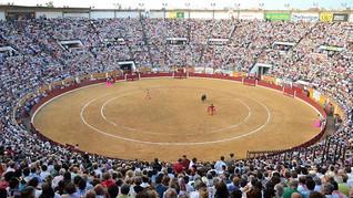Charla-coloquio Conmemoración Cincuentenario Nueva Plaza de Toros de Badajoz (Junio 1967-Junio 2017)