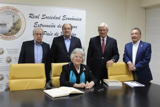 Conferencia de Dª. Mª Ángeles Durán de las Heras 02/11/2016
