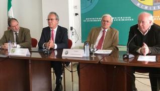 La RSEEAP y la UEx firman un convenio para impulsar un museo de la ciencia.