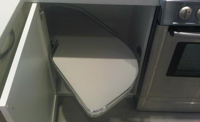 Toronto kitchen White pull out shelf