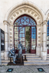 Statues illustrant le Fado