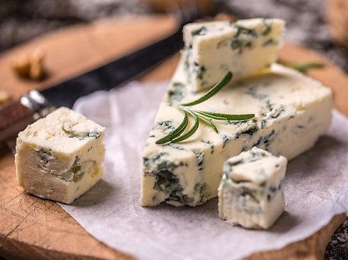 Сыр с благородной плесенью, 40 гр