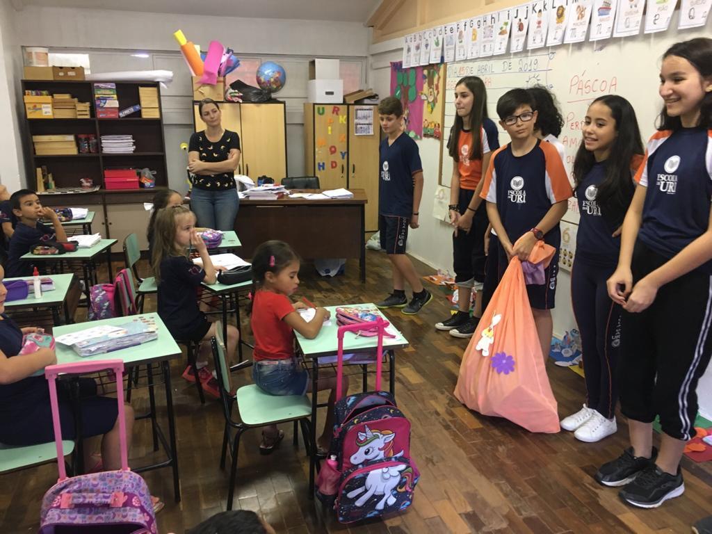 Páscoa-Escola-entrega-doações-2