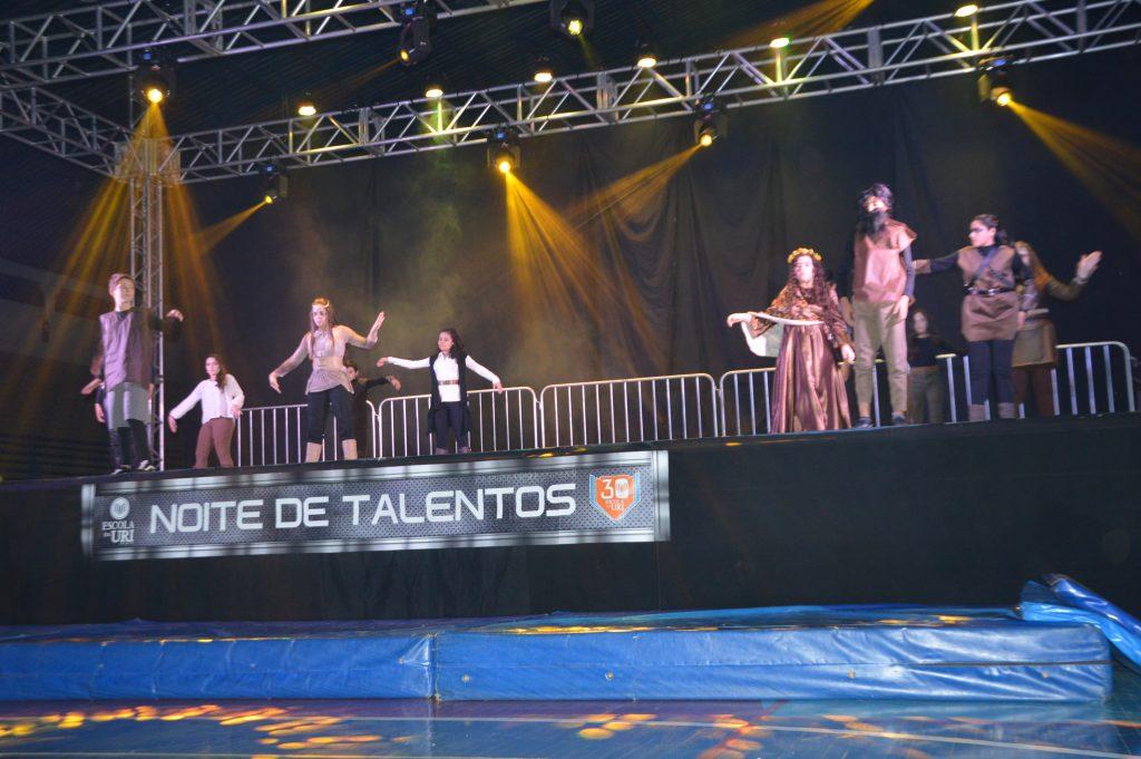 Noite-de-talentos-3-1024x681