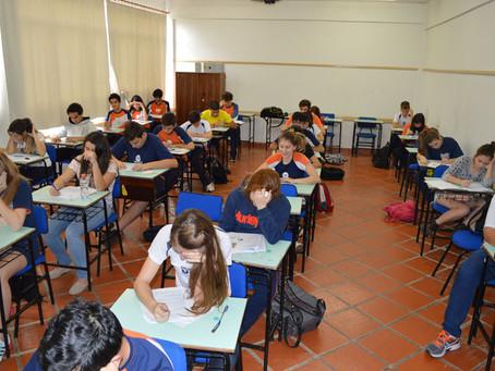 """Redação no Simulado da Escola da URI propôs o """"jeitinho brasileiro"""" como tema"""