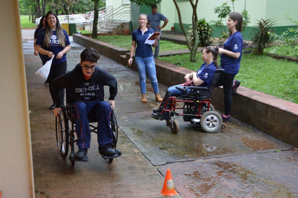 Gincana-da-acessibilidade-cadeirante-2-o