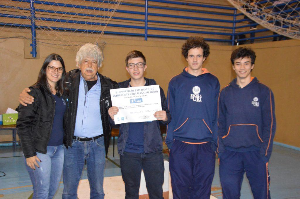 Competição-de-Estruturas-1º-lugar-Escola