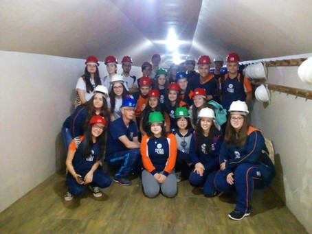 Alunos da Escola da URI complementam estudos de Geografia em Ametista do Sul