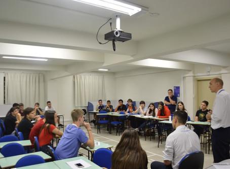 Alunos da Escola da URI despertam para o empreendedorismo com o Projeto StarTop