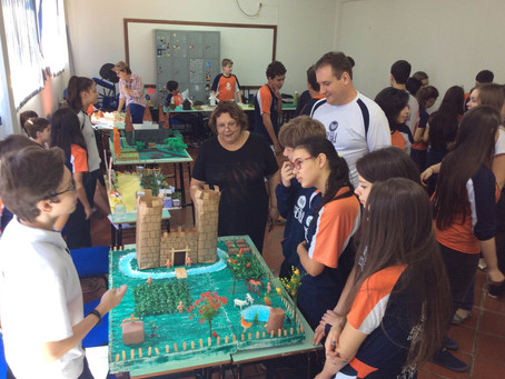 Alunos da Escola da URI constroem maquetes da Idade Média
