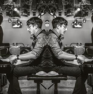 Mirrored (21).jpg