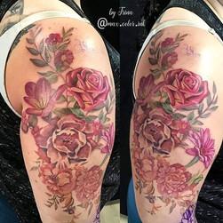 flower tattoo field shoulder