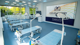 140m2 spacious wet lab