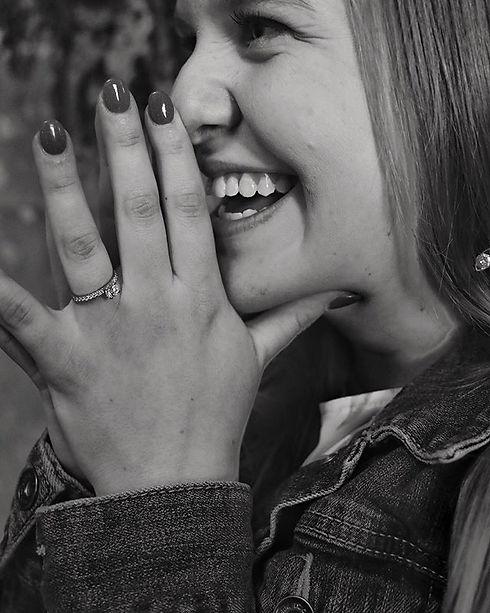 👏💍 #engagementring #engagementphotos #