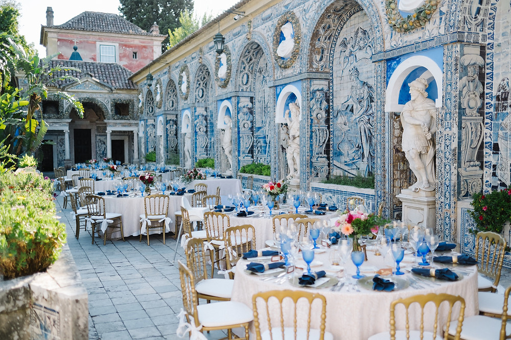 The Weding  color palette for 2020 is a classic blue. Wedding Venues with traditional Portuguese tiles have a lot of blue and Palaco Marques Wedding Venue and Quinta do Torneiro are a great option for Classic Blue Weddings in Portugal