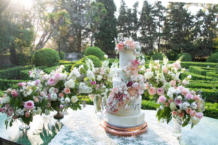Wedding Cake Table at the Gardens of Quinta do Torneiro Wedding Venue in Lisbon Portugal Europe