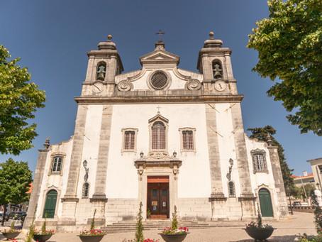 Churches Near Quinta do Torneiro