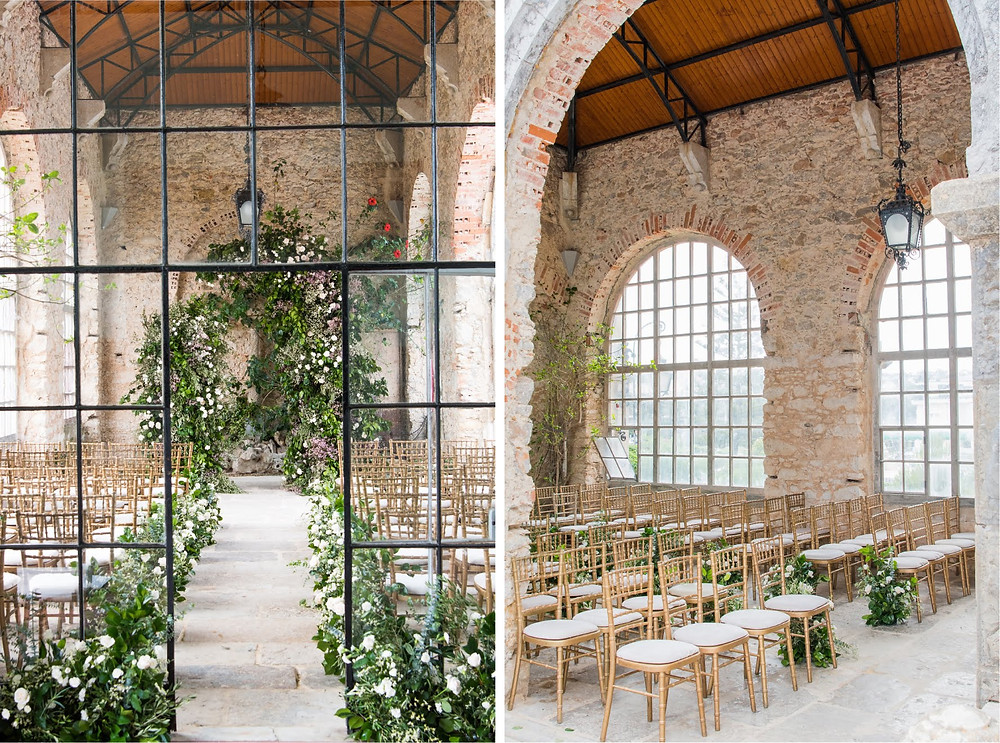 The Forte Da Cruz greenhouse area is a perfect for your vintage wedding ceremony.  We have a foliage arch to decorate your wedding ceremony across the aisle