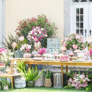 Luxury Dessert table at Quinta do Torneiro