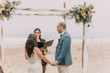 beach symbolic wedding ceremony Lisbon.j