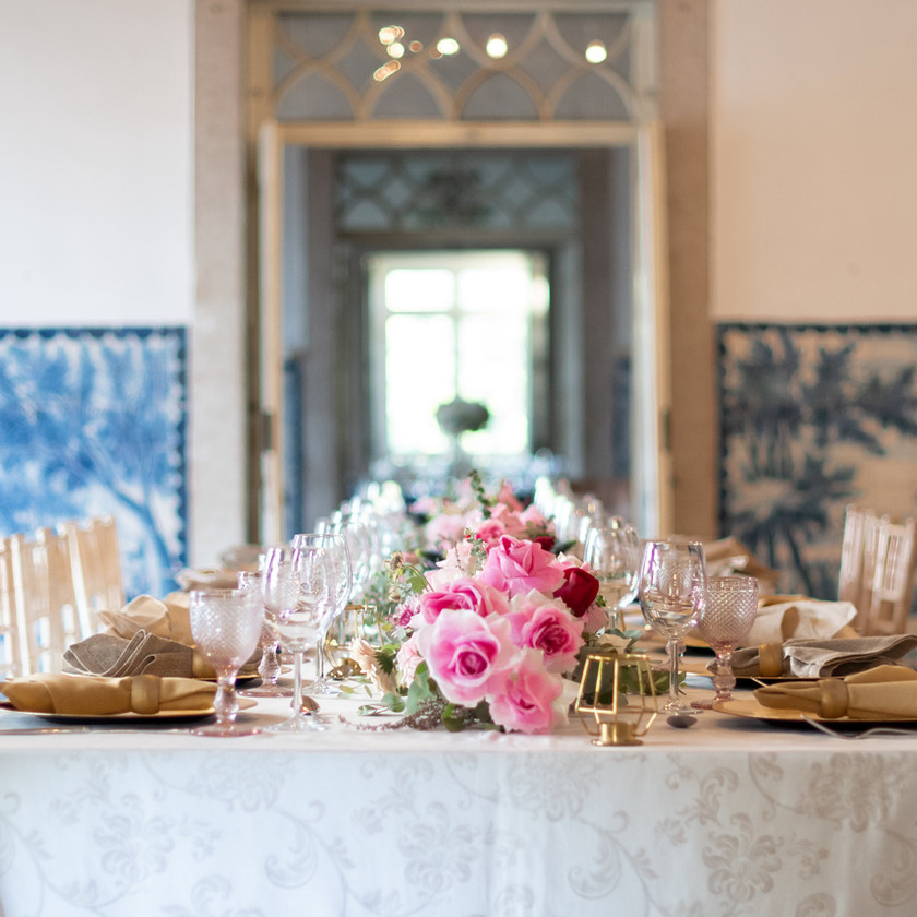 Wedding Reception Long Table Decor at the Noble room of Quinta do Torneiro with pink flowers